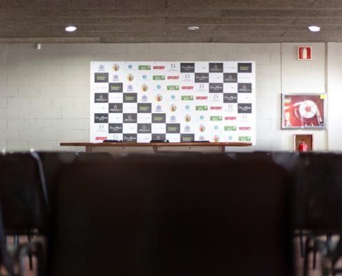 sala de prensa estadio de fútbol L'Hospitalet